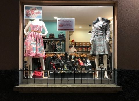 grunge boutik vitrine